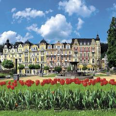Kurhotel »Palace Zvon«